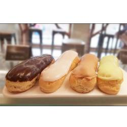 ECLAIR AU CHOCOLAT / CAFE/ VANILLE/ CITRON